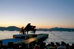 St Tropez music nights are unforgettable occasions